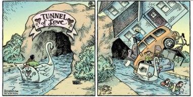 bizarro-tunnel-of-love